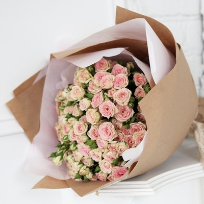 Кустовые розы люкс