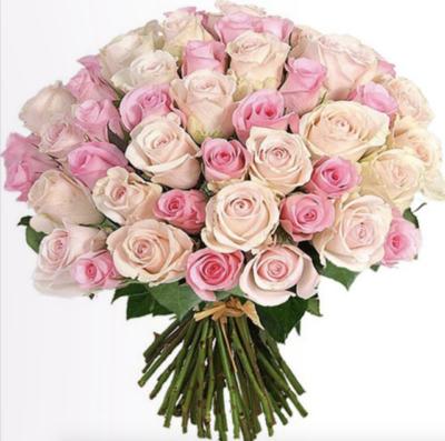 51 розово-кремовая роза