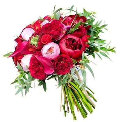 Пионы, розы и каллы