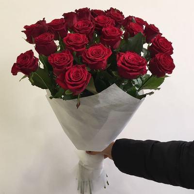 Розы в фетре